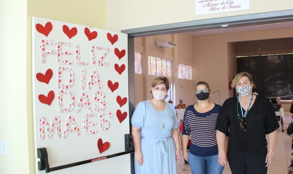 """Assistência Social de Naviraí realiza """"Dia das Mães"""" às idosas do Conviver"""