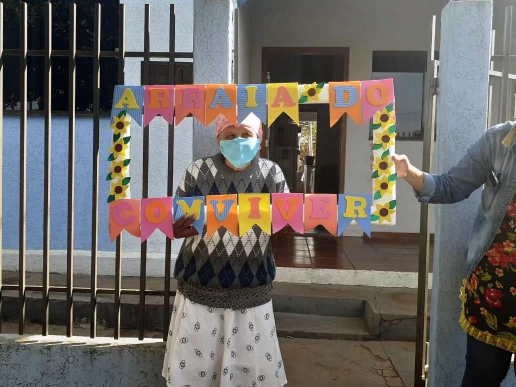 Centro de Convivência de Naviraí promove festa julina itinerante